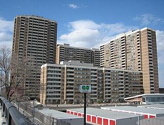Main Square (Toronto) complex of four apartment buildings in Toronto, Canada