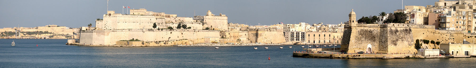 Malta, Senglea and Birgu (Vittoriosa), seen from Valletta