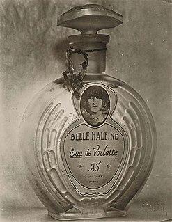 <i>Belle Haleine, Eau de Voilette</i> Artwork by Marcel Duchamp, with the assistance of Man Ray