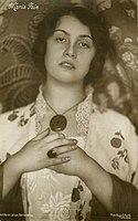 Maria Fein by Hugo Erfurth, Dresden, c. 1913.jpg