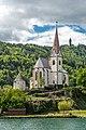Maria Wörth Pfarrkirche hll. Primus und Felizian mit Karner NO-Ansicht 06052019 6893.jpg