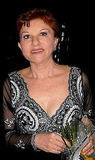 Mariella Devia Italian operatic soprano
