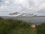 Marina Seabourn Ovation and Norwegian Breakaway in Port of Tallinn 1 July 2018.jpg