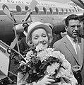 Marlene Dietrich op Schiphol voor optreden in Kuhrhaus (portretjes), Bestanddeelnr 914-0356.jpg