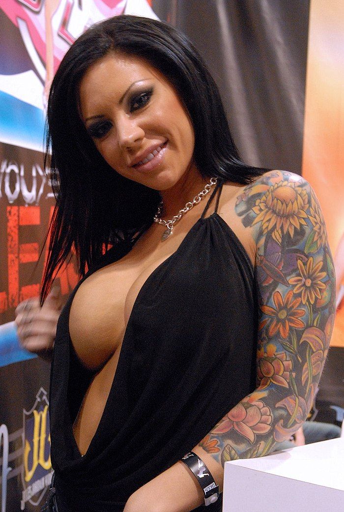 Brunette girl with big tits Mason Moore shows off her tattoos while fucking  815332