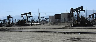 Midway-Sunset Oil Field - Oil wells and storage tanks west of Highway 33, on the Midway-Sunset field