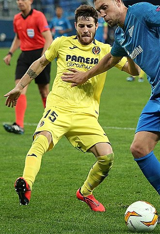 Miguelón (footballer) - Miguelón with Villarreal in 2019