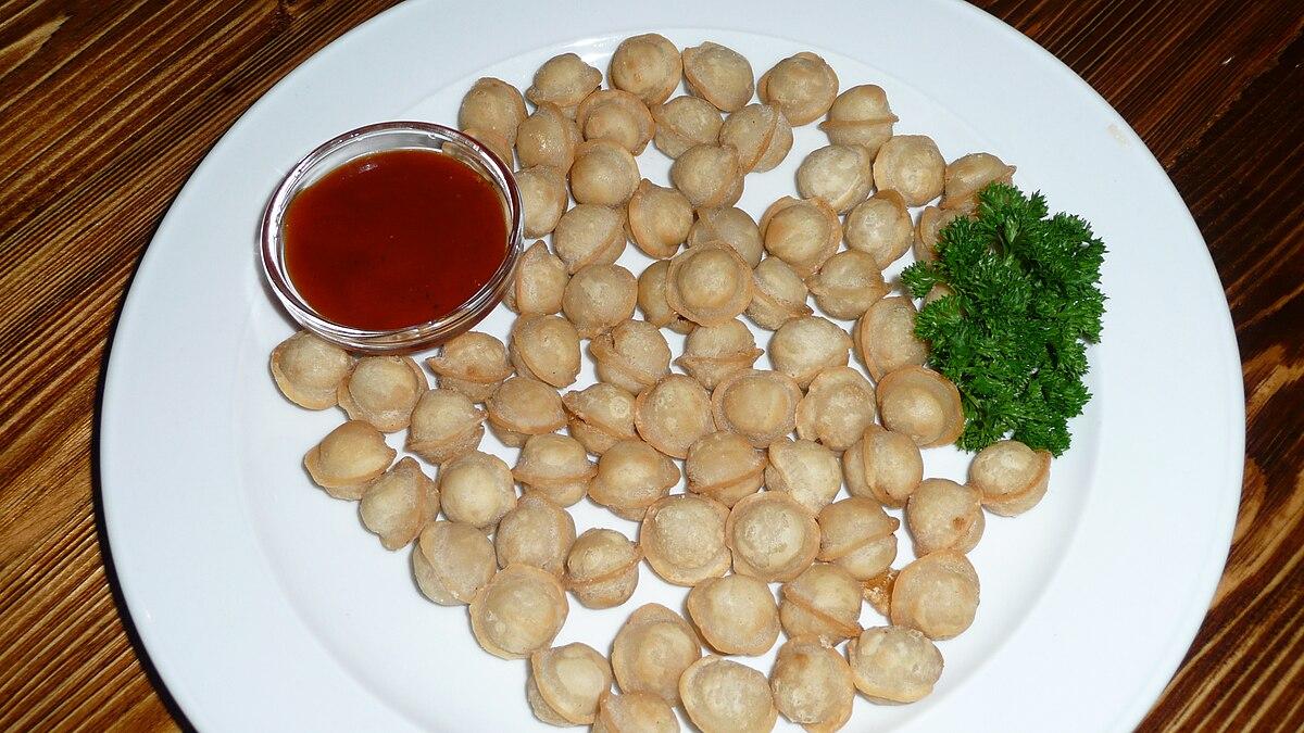 Datei:Shrimp dumplings at Golden Unicorn, Chinatown, NYC