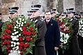 Ministru prezidents Valdis Dombrovskis piedalās svinīgajā vainagu nolikšanas ceremonijā Rīgas Brāļu kapos (8174999274).jpg