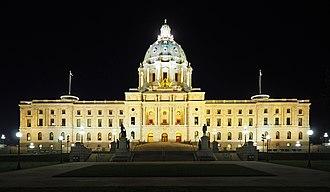 Minnesota State Capitol - Image: Minnesota State Capitol night