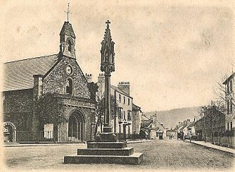 Church of St Thomas the Martyr, Monmouth - Image: Monmouth St Thomas Square & Cross 1904