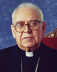 Mons. Montero (30913892155).jpg