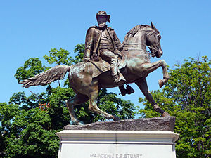 Fan district - J.E.B. Stuart statue on Monument Avenue