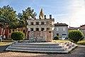 Monumento ai Caduti di Massa Lombarda.jpg
