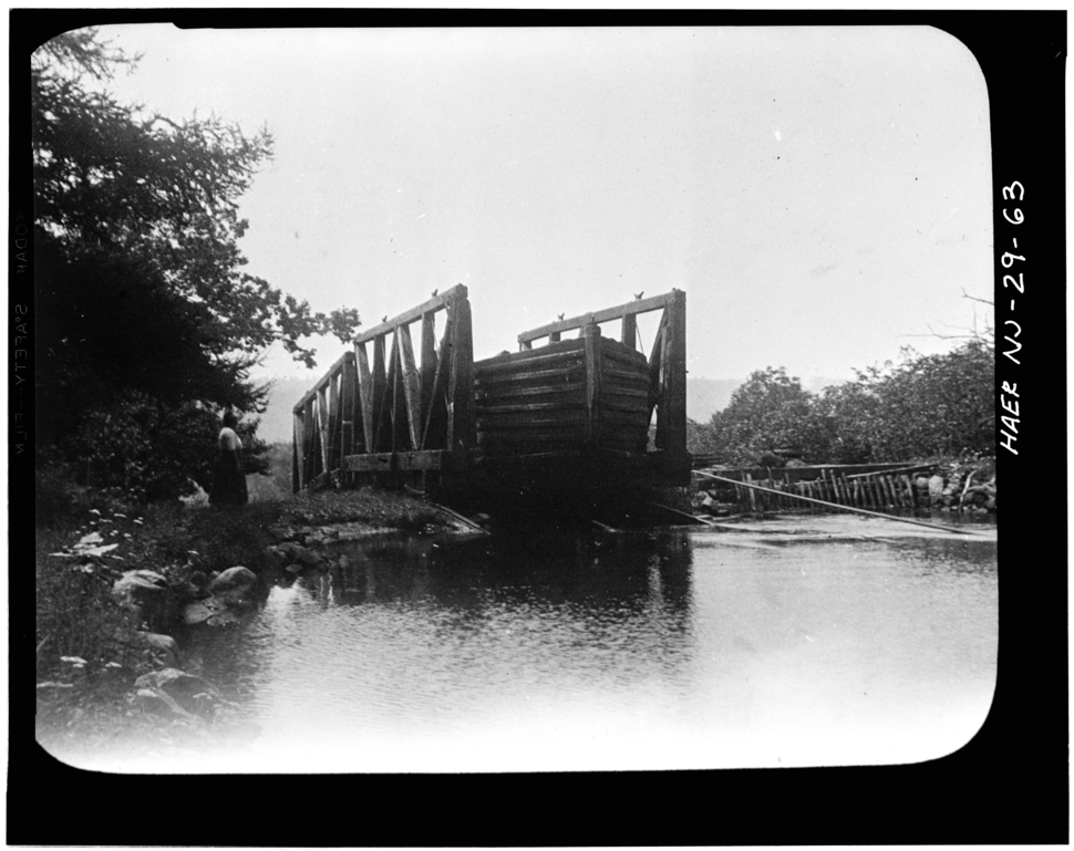 Morris Canal Boat at top of inclined plane from HABS