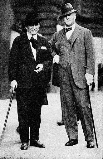 Morris Gest - Gest (left) with Russian actor Fyodor Chaliapin.