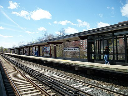 How to get to Mount Vernon West with public transit - About the place