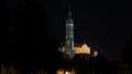 Nachtaufnahme St. Martin und Burg Trausnitz.png