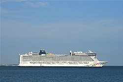 Norwegian Epic 1.JPG