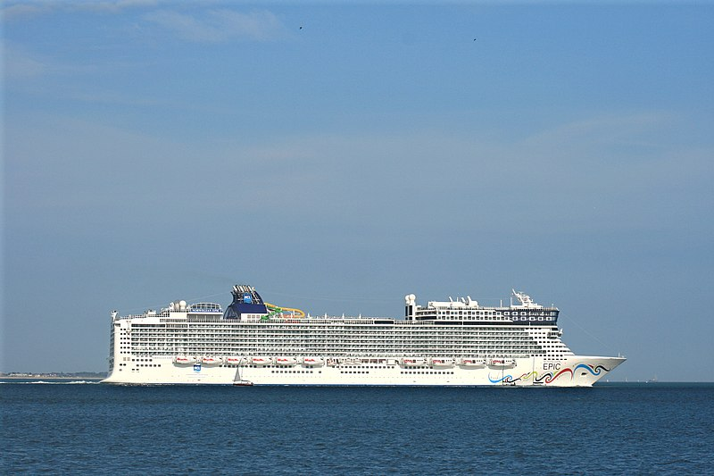 File:Norwegian Epic 1.JPG