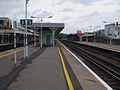 Norwood Junction stn platform 5 look north.JPG