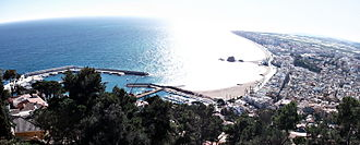 Blanes - New port of Blanes (since 2012), the town centre, S'Abanell and Blanes' beaches, the mouth of Tordera's River, and the touristic area of Els Pins.