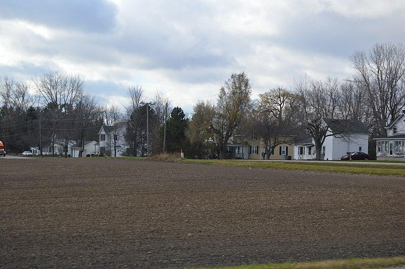 File:Oakshade houses from 20.jpg