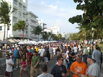Ocean Drive (South Beach) - Image: Oceandrivesuperbowl