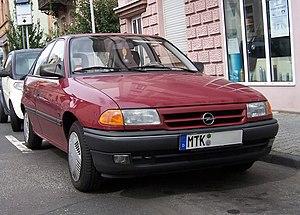Opel India - Image: Opel Astra F