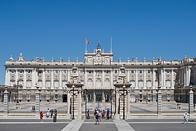 Palacio Real de Madrid - 21.jpg