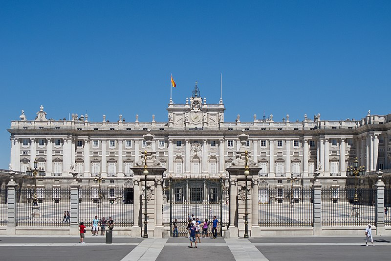 File:Palacio Real de Madrid - 21.jpg