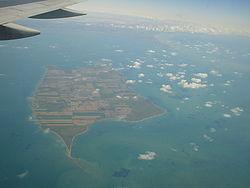 Foto aerea dell'isola di Pelée