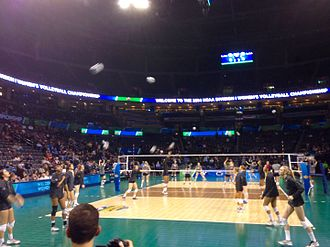 Penn State Nittany Lions women's volleyball - Penn State warming up before the 2014 NCAA championship against BYU in Oklahoma City, Oklahoma in Chesapeake Energy Arena