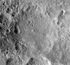 Perepelkin crater AS17-M-1722.jpg
