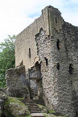 Peveril Castle keep 3