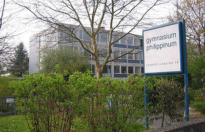 Phille-hauptansicht-mit-schild-2002-IMG 1288.jpg