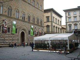 Palazzo Strozzi - The square.
