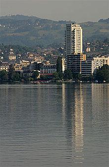 Montreux Jazz Festival >> Montreux — Wikipédia