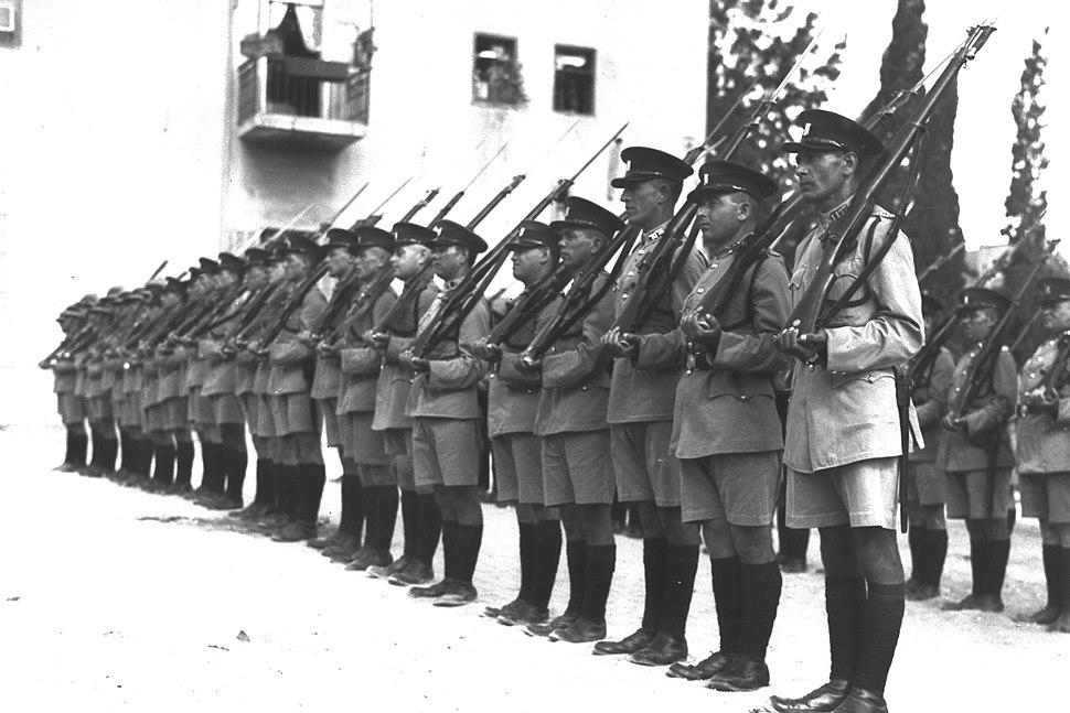 Police TA 1933