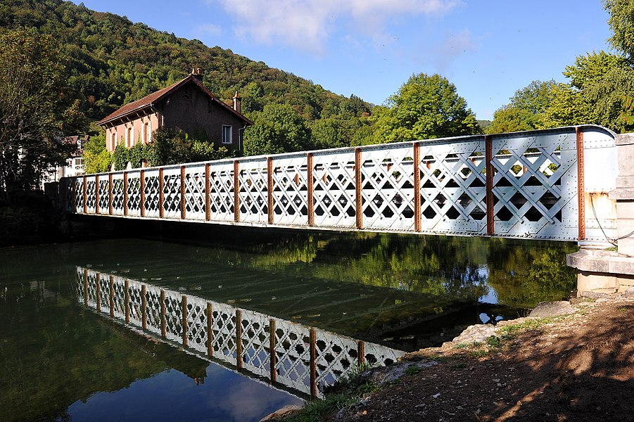 Bridge over the Loue to the former railway station in Vuillafans; Doubs, France.