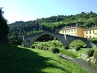Ponte della Signora 8, Modigliana.JPG