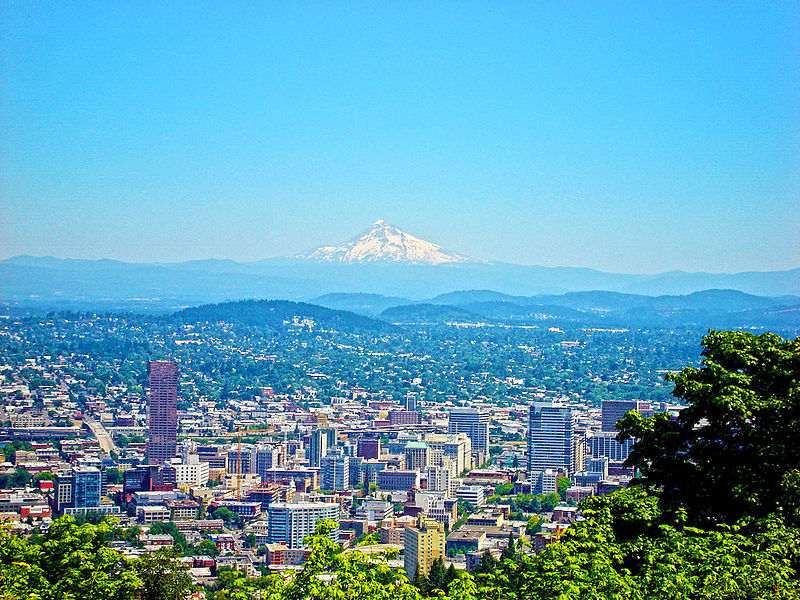 File:Portland and mt hood.jpg