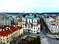 Prag - Blick vom Altstädter Rathausturm auf die St.-Nikolaus-Kirche - Zobrazit od Starého věže radnice na kostel Sv. Mikuláše - panoramio.jpg