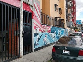 """Cantinflas - Apartment building that occupies the premises of the """"vecindad"""" where Mario Moreno """"Cantinflas"""" was born, former Sexta Calle de Santa María la Redonda (Sixth Street of Santa María la Redonda), today  Eje Central Lázaro Cardenas 182."""