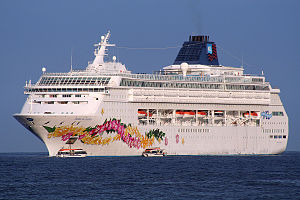 Norwegian Sky - Pride of Aloha in Hawaiian waters