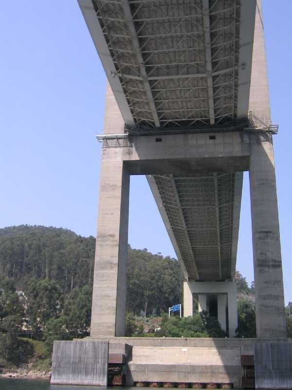 Puente rande tablero inferior