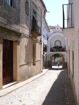 João Afonso de Albuquerque - Gate in the town of Alburquerque