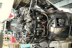 R3350engineSuperConnie.JPG