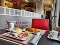 RJ 564 Wien - Linz (46093064082).jpg