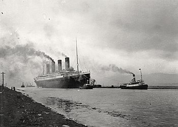 RMS Titanic sea trials April 2, 1912.jpg